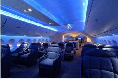 http://www.thepicky.com/images/2008/03/boeing_787_dreamliner.jpg