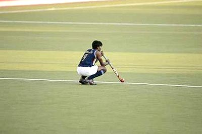 indian_hockey_out_from_olympics.jpg